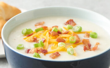 Slow Cooker Loaded Baked Potato Soup Recipe