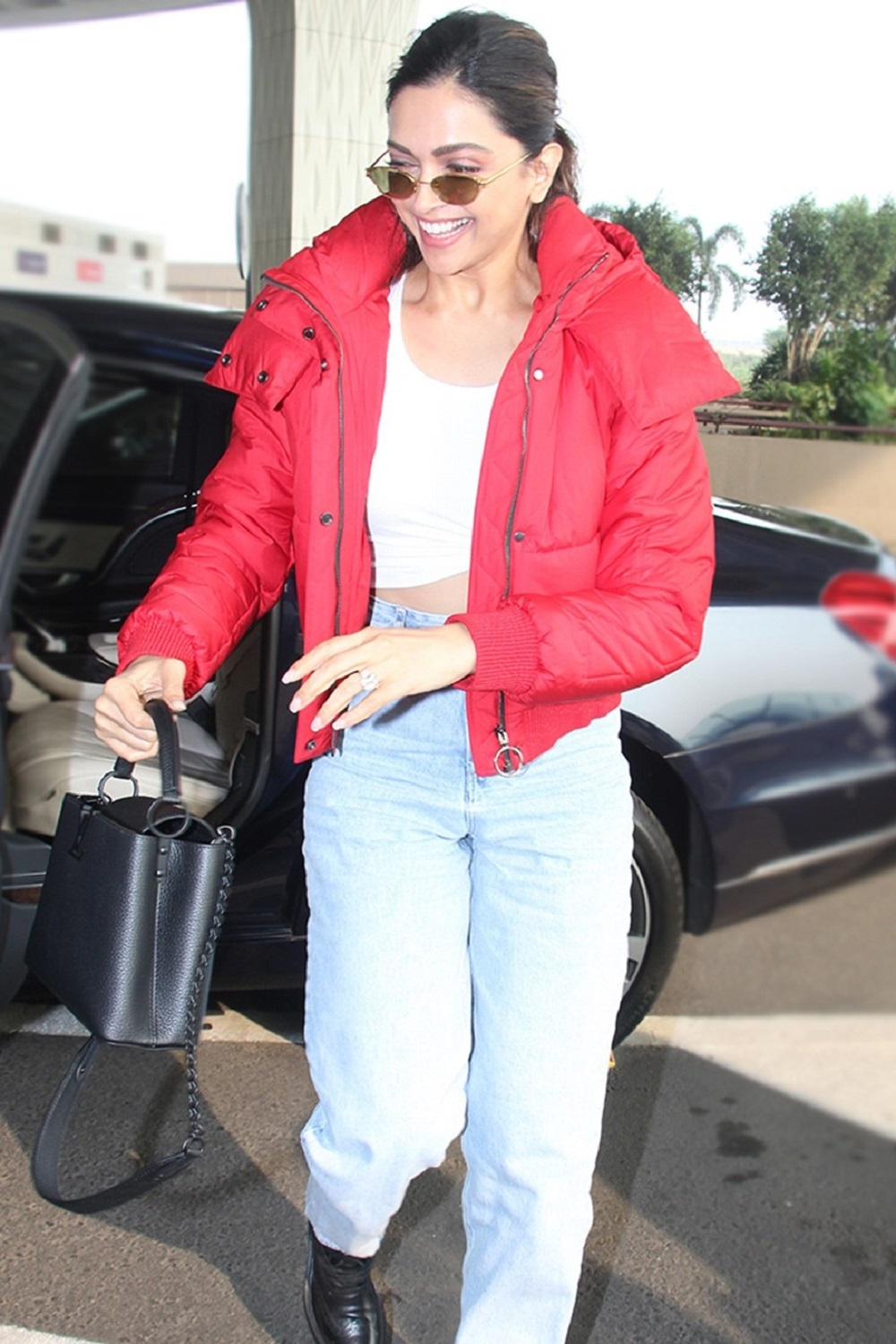 Deepika Padukone shows you how to wear a puffer jacket Design this winter