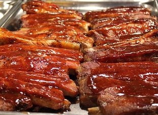 Invite your friends over to relax, chill by the pool, and drink some brewskis. While these ribs are smokin' low and slow