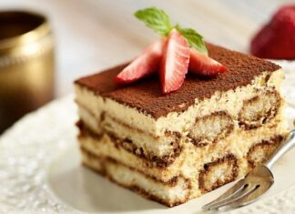 TIRAMISU CAKE: CAKE FOR LOVE IN VALENTINES DAY