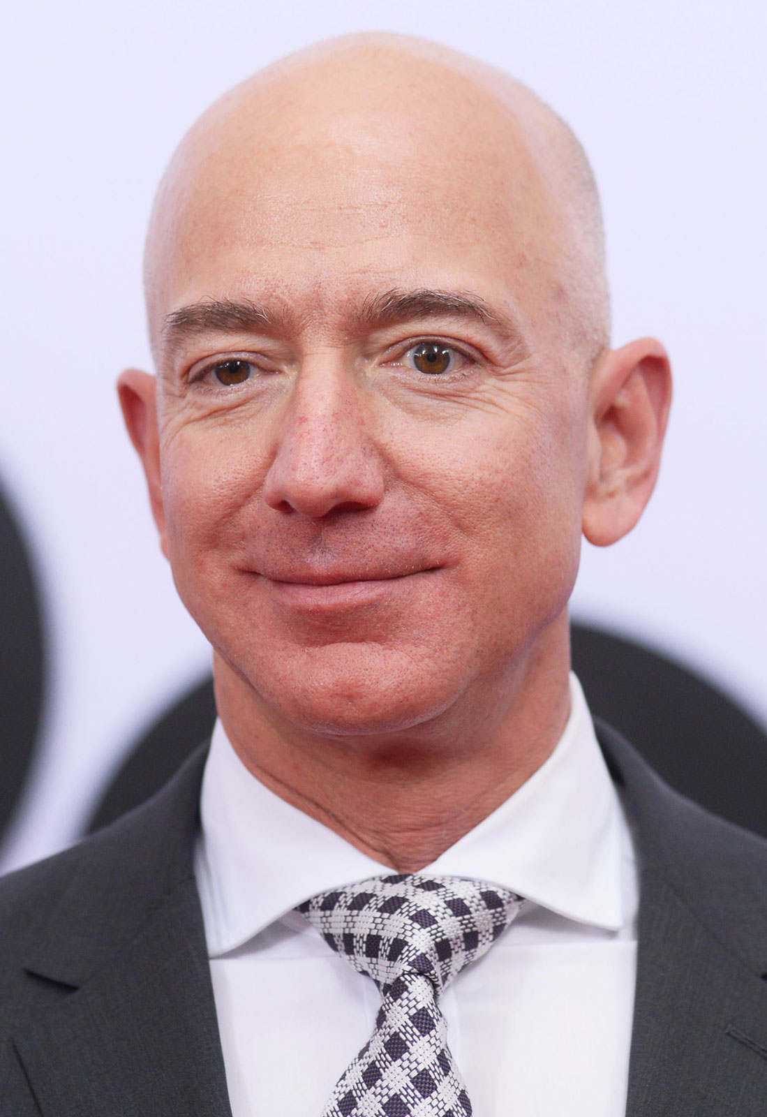 Amazon founder Jeff Bezos interested in owning NFL team, has strong support among current owners. #Amazon #JeffBezos #NFL